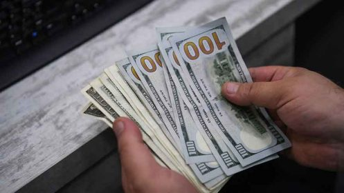 رفتار مشکوک صرافان و دلالان در بازار ارز