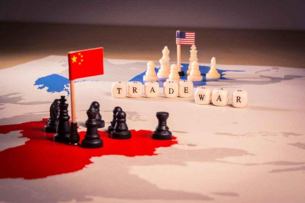 نفع جنگ تجاری در جیب ایران؟
