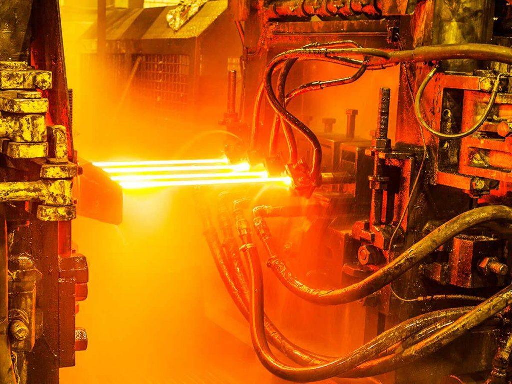 درآمدهای عملیاتی آتش کوره این فولادساز را دو برابر کرد/ رشد 300درصدی سودآوری فولادساز کاشانی