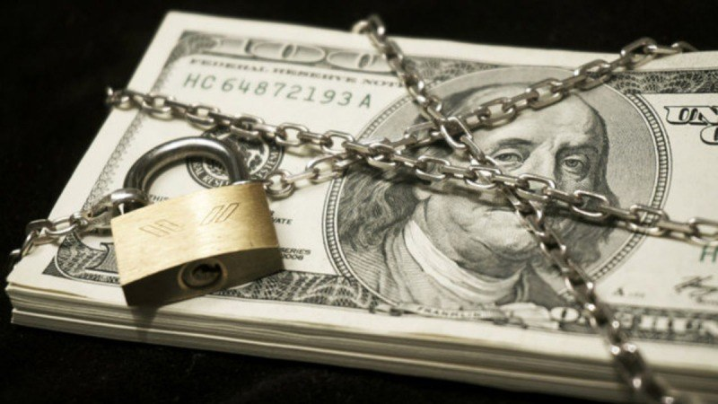 ۴ دلیل روسیه برای فاصله گرفتن از دلار