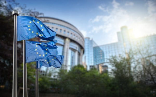احتمال افزایش نرخ بهره اروپا تقریبا صفر است