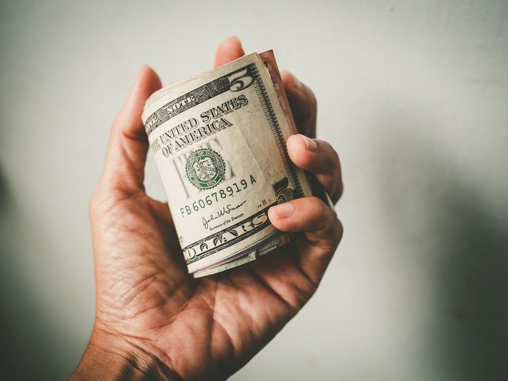 انتظار داشتیم دلار به زیر ۱۰ هزار تومان برسد