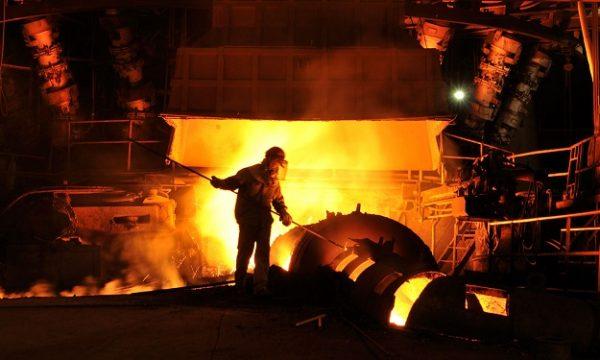 روند 7 ماهه تولید فولاد خام در ایران