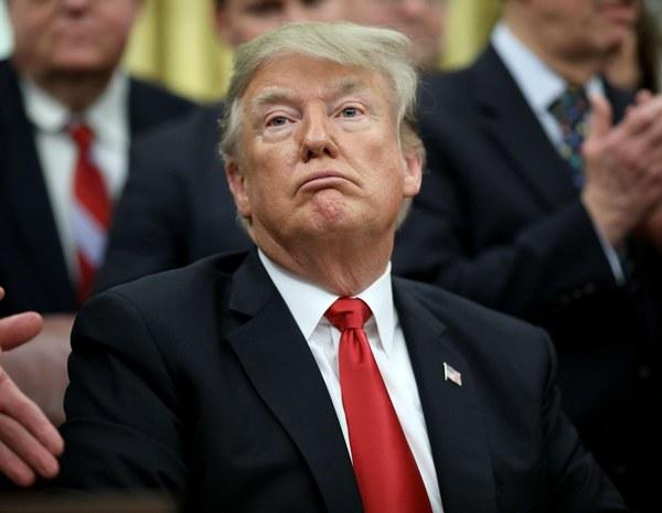 ترامپ: لازم باشد ماهها و سالها دولت را تعطیل میکنم| احتمالا حالت فوریت ملی اعلام کنم