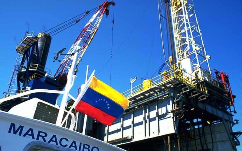 آمریکا به دنبال تحریمهای نفتی علیه ونزوئلا
