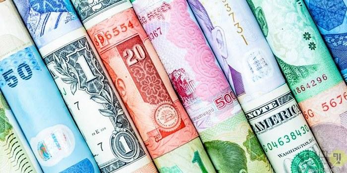 کاهش قیمت ۲۵ ارز بانکی