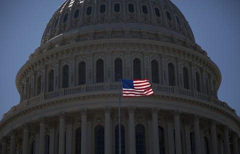 بدهی عمومی آمریکا از مرز ۲۲ تریلیون دلار عبور کرد/ثبت رکورد جدید