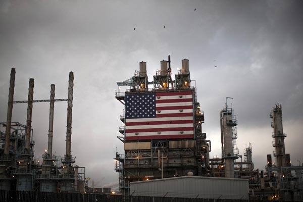 پیشبینی افزایش تولید نفت آمریکا معادل صادرات نفت ایران تا سال ۲۰۲۰ میلادی