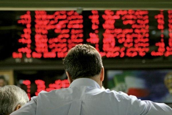 دلاریها همچنان مورد توجه بازار/ شاخص بورس به کانال ۱۶۶ هزار واحدی رسید
