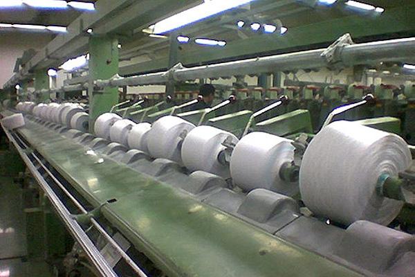 مصوبه دولت رشته تولیدکنندگان داخلی پوشاک را پنبه کرد