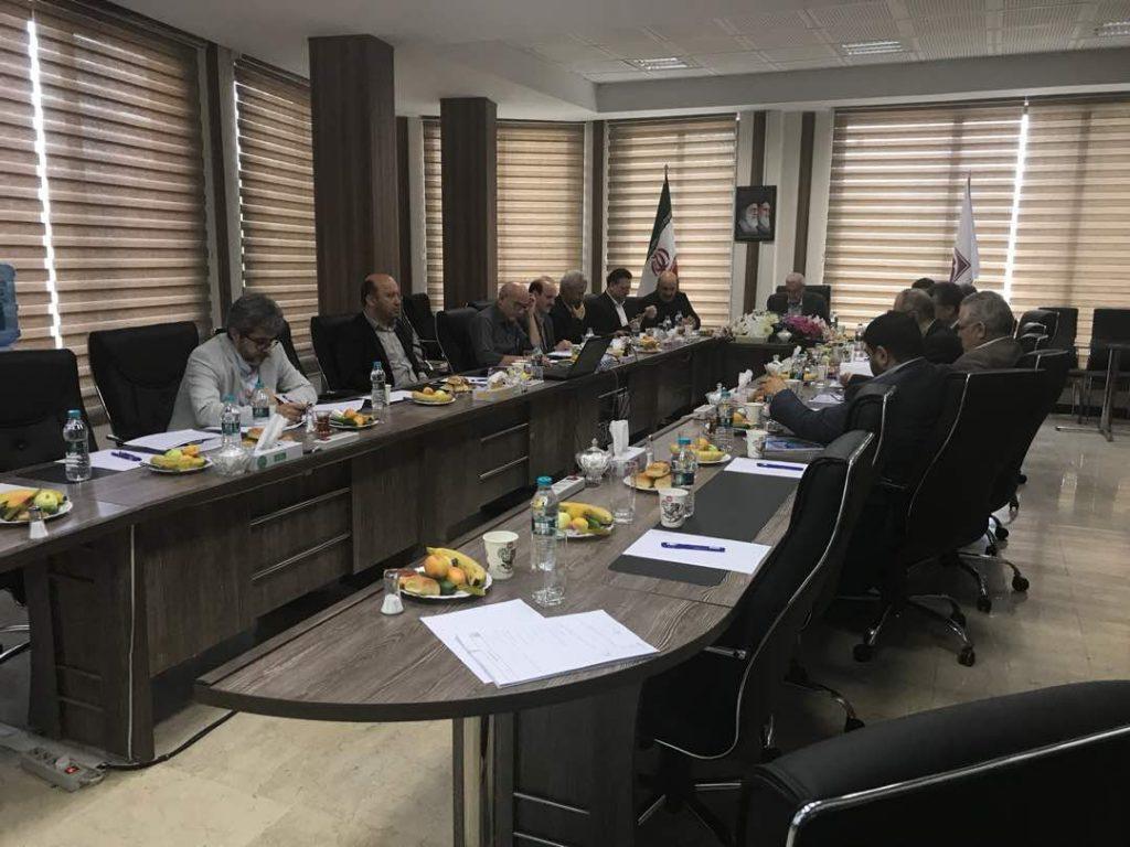 در مجمع شرکت گروه صنایع کاغذ پارس چه گذشت؟
