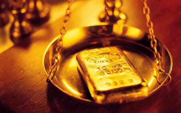 طلا به یک قدمی ۱۳۰۰ دلار رسید