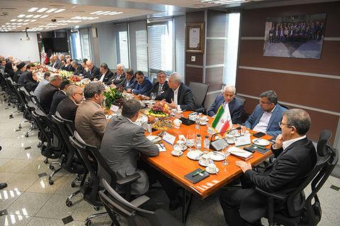 برگزاری اولین نشست کانون بانکهای ایرانی در اروپا (فرانکفورت)