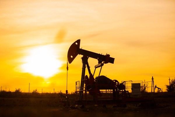 قیمت جهانی نفت امروز ۱۳۹۷/۱۲/۱۱