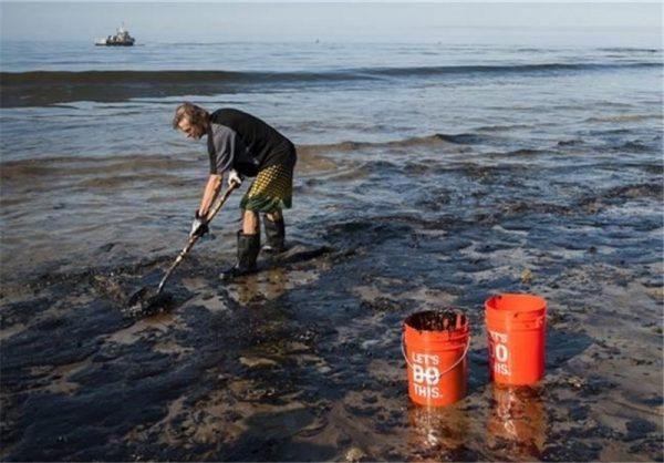 تلاش آمریکا برای پایان دادن به طولانیترین نشتی نفت تاریخ