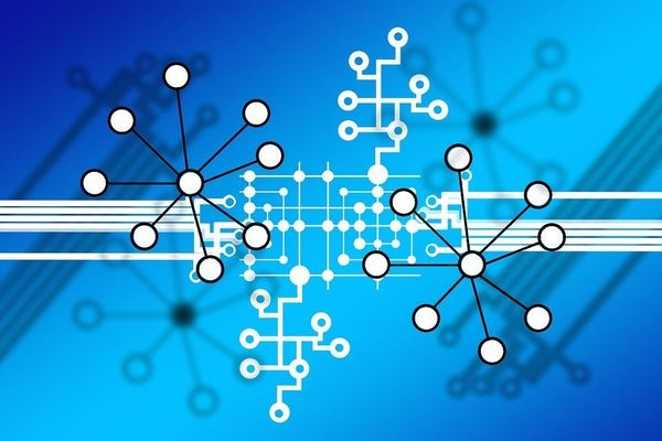 صرافی ارز دیجیتال غیر متمرکز چه ویژگی هایی باید داشته باشد تا بتوان به آن اعتماد کرد؟