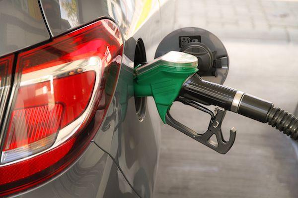 پیش بینی های قیمت بنزین در سال 98
