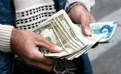 همتی: بازار متشکل ارزی به زودی آغاز به کار می کند