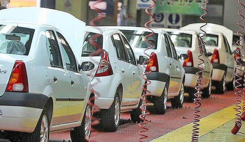 معمای بازار ایران؛ چرا با افزایش قیمت خودرو، تقاضا بالا رفت؟