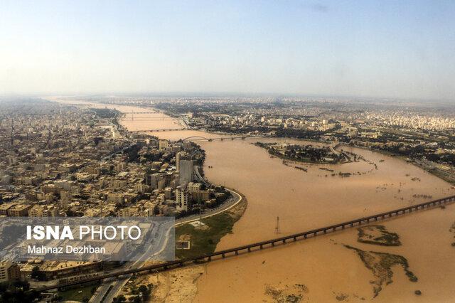 قرهخانی: تاکنون گزارشی از آسیب و خسارت سیل به میادین نفتی نداشتیم