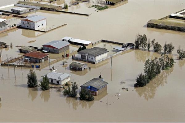 اعزام نیروهای امداد بیمارستان بانک ملی به مناطق سیل زده لرستان