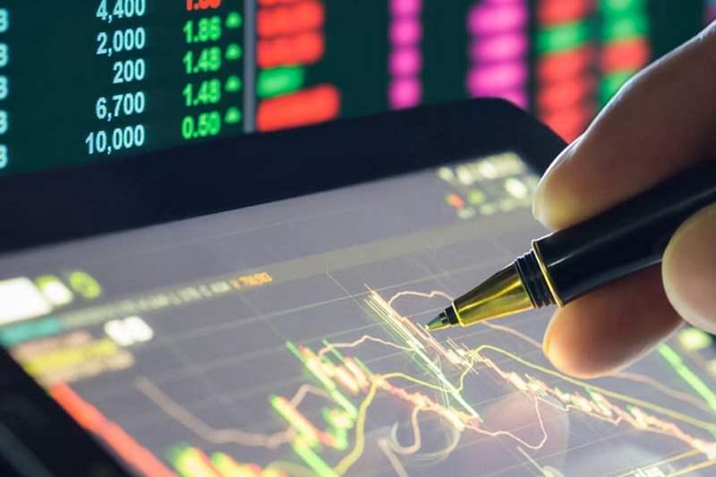 پیش بینی آینده بورس و علت تبدیل منابع ریالی به دارایی های سرمایه ای