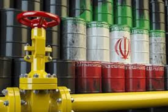 معافیت خریداران نفت ایران از تحریمهای آمریکا پایان خواهد یافت