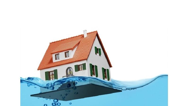 93 تا 95 درصد از منازل آسیبدیده تحت پوشش بیمه نبودهاند