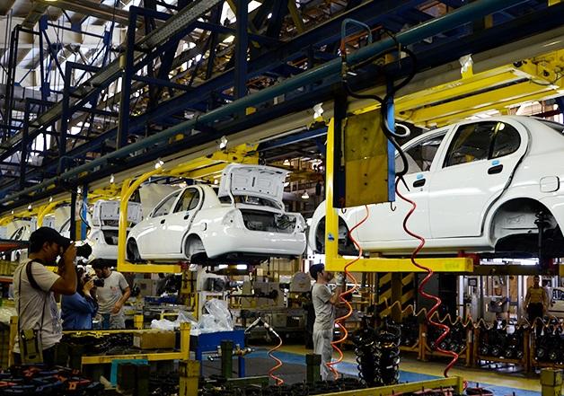 سهم گروه های خودرویی در بورس چقدر قابل اتکا است؟