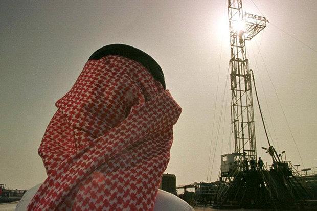 تولیدکنندگان نفت می خواهند مازاد عرضه را پایین بیاورند