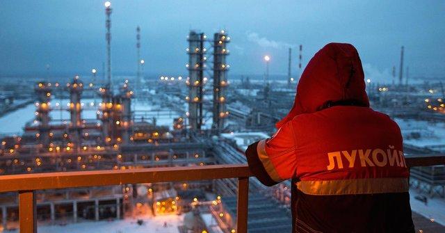 نفت روسیه با قطع صادرات ونزوئلا به سمت آمریکا می رود