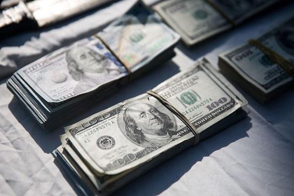 حق عضویت صراف ها در بازار متشکل ارزی اعلام شد