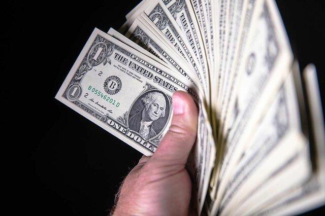 دلار در کف ۵۰ روزه