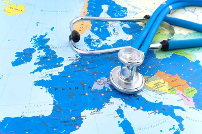 استفاده از بیمههای درمانی برای توسعه توریسم پزشکی درمنطقه