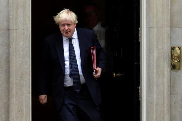 بوریس جانسون به اتحادیه اروپا درباره اعمال تعرفه هشدار داد
