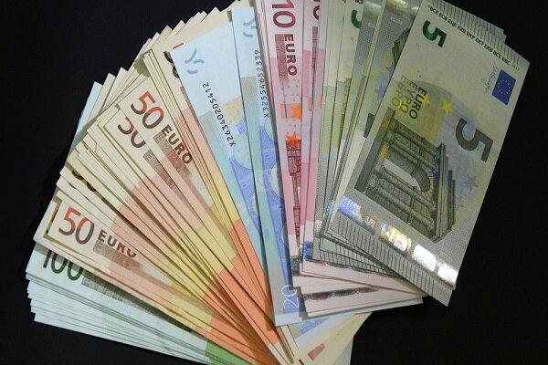 دستورالعمل جدید بانک مرکزی نمی تواند مشکل ارز صادراتی را حل کند