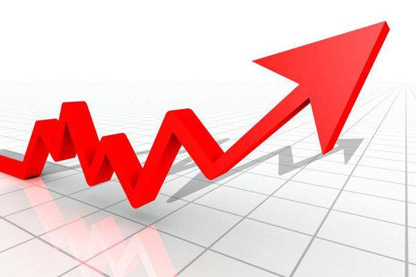 وقتی تورم زیاد شود، بر نرخ بازده اثر منفی گذاشته و شاخص بالاتر می رود اما بعد با کاهش شاخص بازار سرمایه روبه رو خواهیم شد. شاید بتوانیم پیش بینی کنیم تا چند ماه آینده با نزولی در بازار سرمایه روبه رو خواهیم بود.