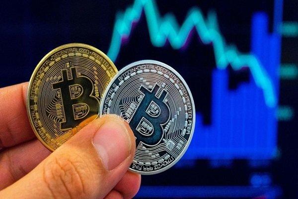 فوری: قیمت بیت کوین به ۱۰,۷۰۰ دلار رسید!