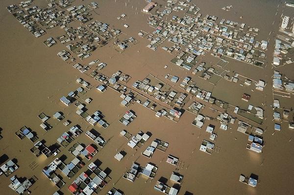 اعطای ۵ هزار میلیارد تومان تسهیلات به سیلزدگان
