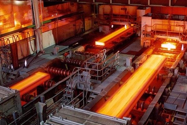 """درآمد """"فولاژ"""" ۵۳ درصد افزایش یافت"""