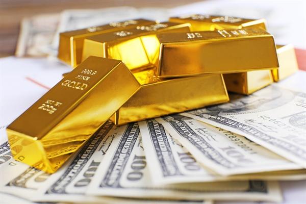 قیمت طلا، سکه و دلار امروز چهارشنبه 1398/03/29 | کاهش قیمت ها در روز آرام بازار