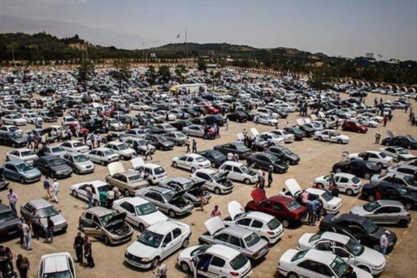 تدوین دستورالعمل قیمتگذاری خودرو در چارچوب سیاستهای دولت/ قیمت خودرو کاهش یابد