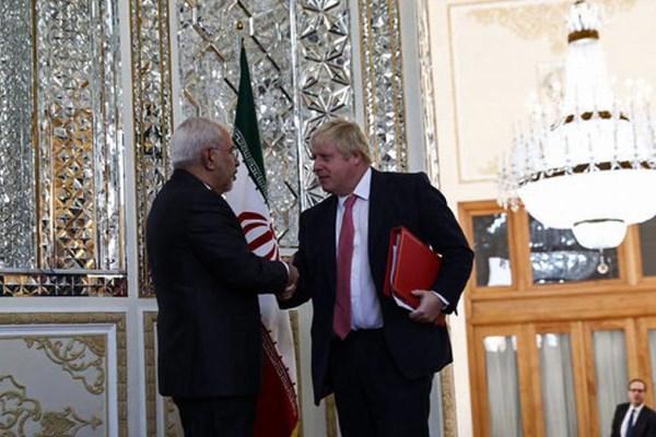 پیام تبریک معنادار ظریف به نخستوزیر جدید انگلیس