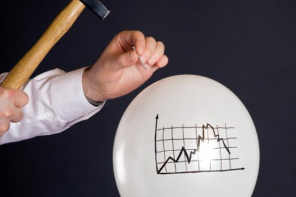 منشا ایجاد حباب قیمتی در بازار سهام چیست؟