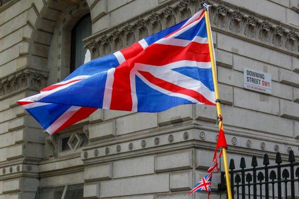 افشای انتقادات تند و محرمانه سفیر انگلیس از ترامپ: «او بیمنطق، متزلزل و بیکفایت است»