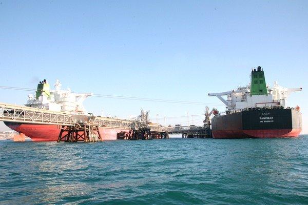 عراقچی: توقیف نفتکش حامل نفت ایران در جبل طارق نقض برجام بود