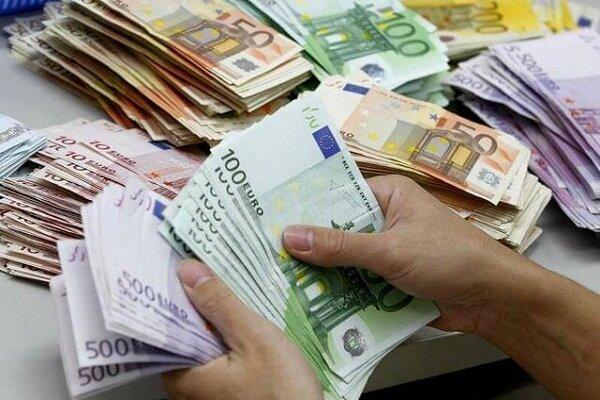 قیمت روز ارزهای دولتی 98/04/22| نرخ 21 ارز کم شد