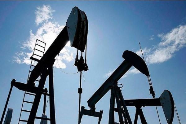 جهش قیمت نفت امریکا در استانه وقوع طوفان سهمگین