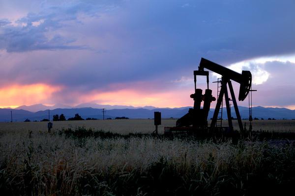 تلاش برای کاهش وابستگی به نفت