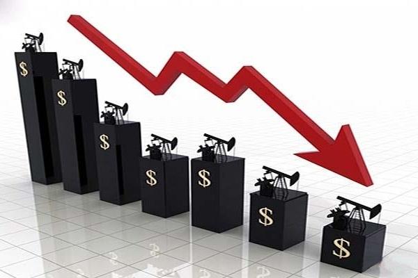 افت قیمت نفت به دلیل ترس از رکود اقتصادی/ طلا گران شد